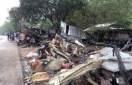 Thailandia: fiamme bus operai, 20 morti