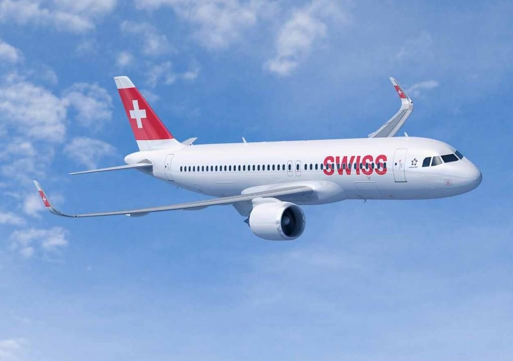 Terrore in volo, guasto al motore aereo Swiss: atterraggio d'emergenza