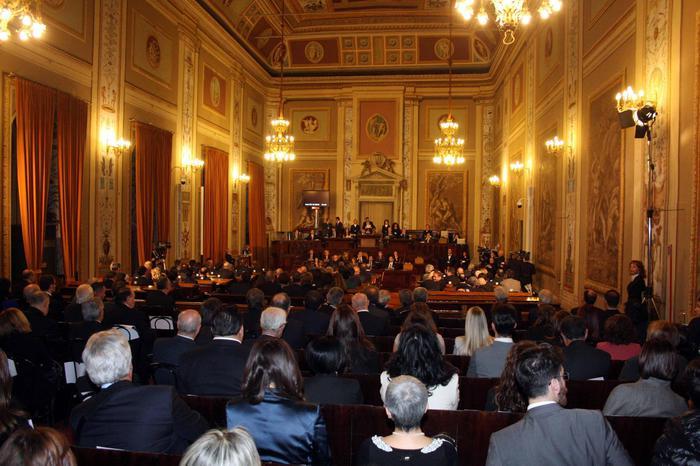 Regione Siciliana, Ars approva Defr e proroga esercizio