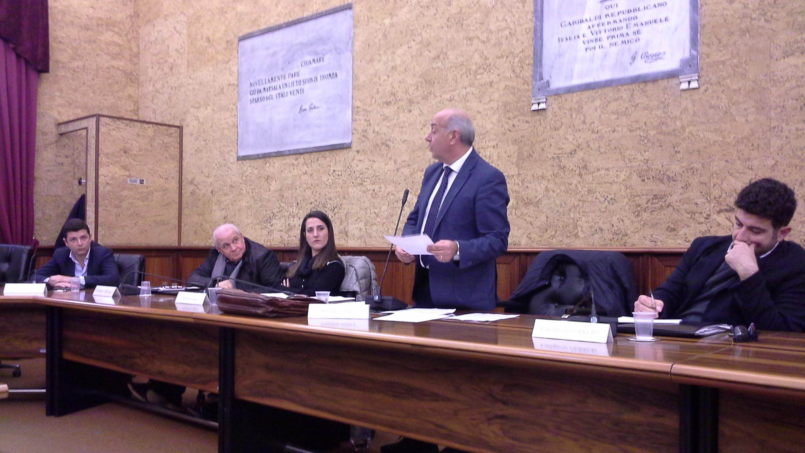 Consiglio comunale di Marsala. I consiglieri Vinci e Di Girolamo si autosospendono dal Gruppo PD