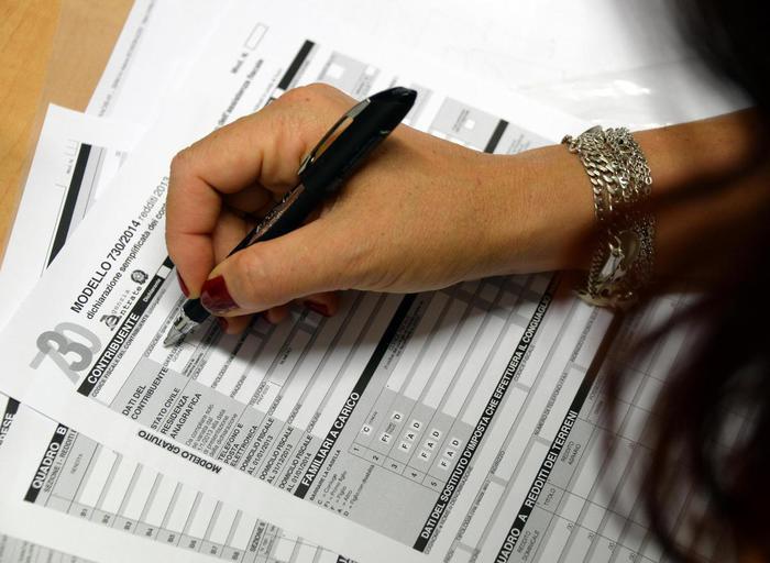 Fisco: Il 45% degli italiani dichiara un reddito sotto i 15mila