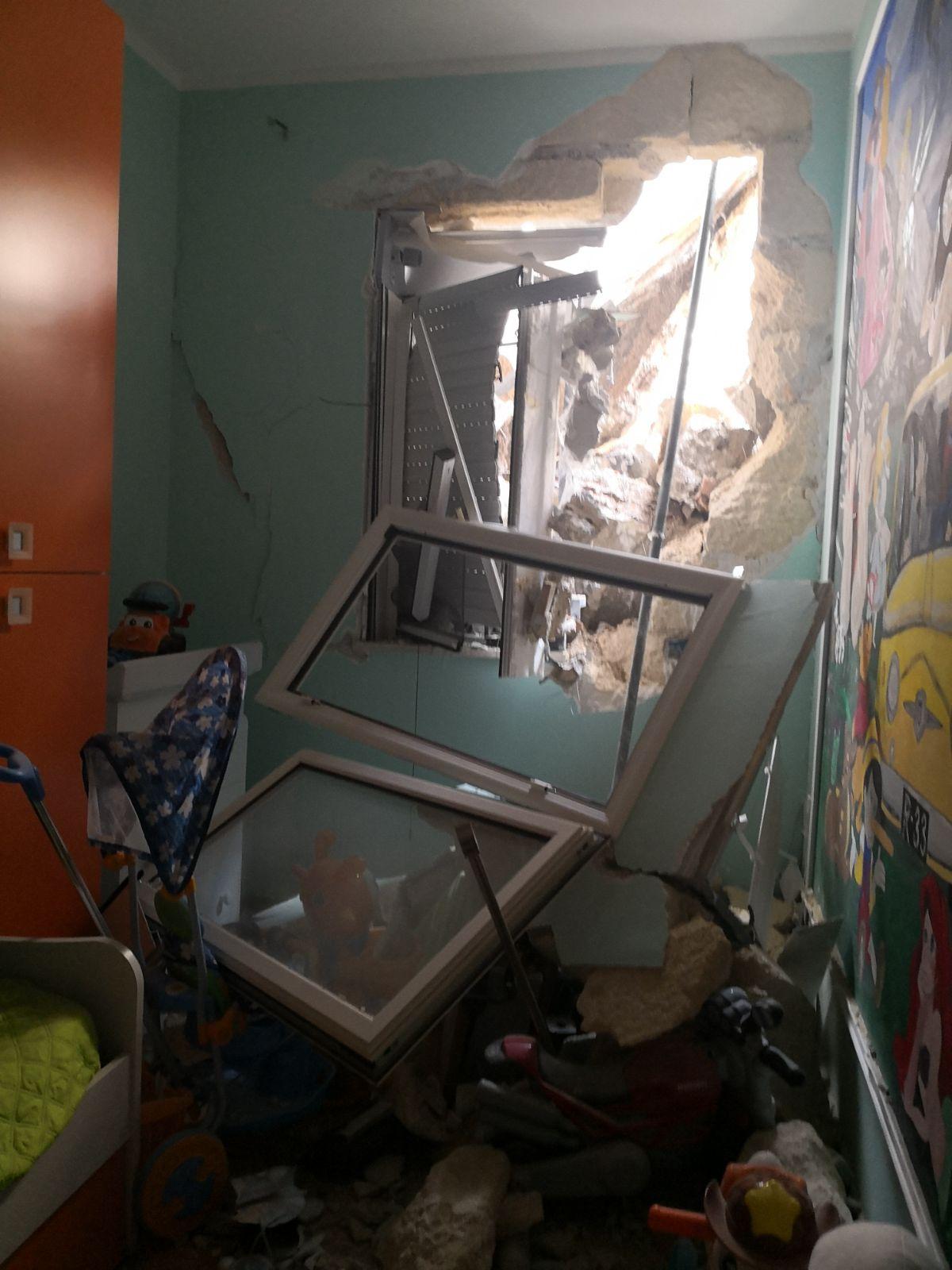 Frana del costone roccioso a Erice, quattro famiglie non potranno tornare a casa