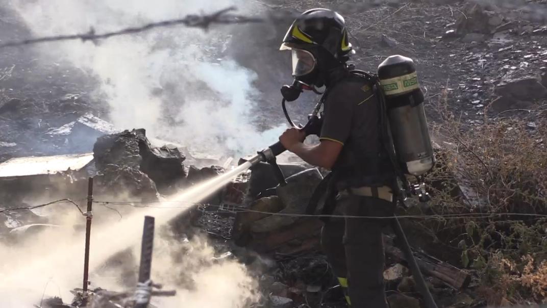 I danni dello scirocco sulla Sicilia: incendi a Palermo e in provincia. Albero in autostrada ad Alcamo
