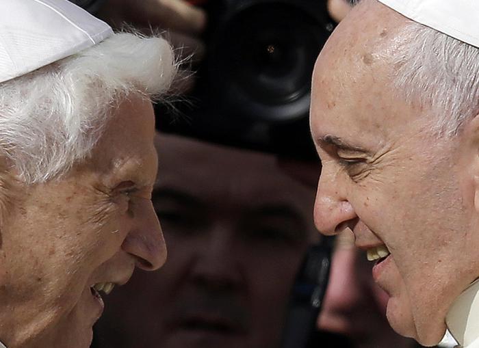 Papa Francesco in visita da Ratzinger per la Pasqua