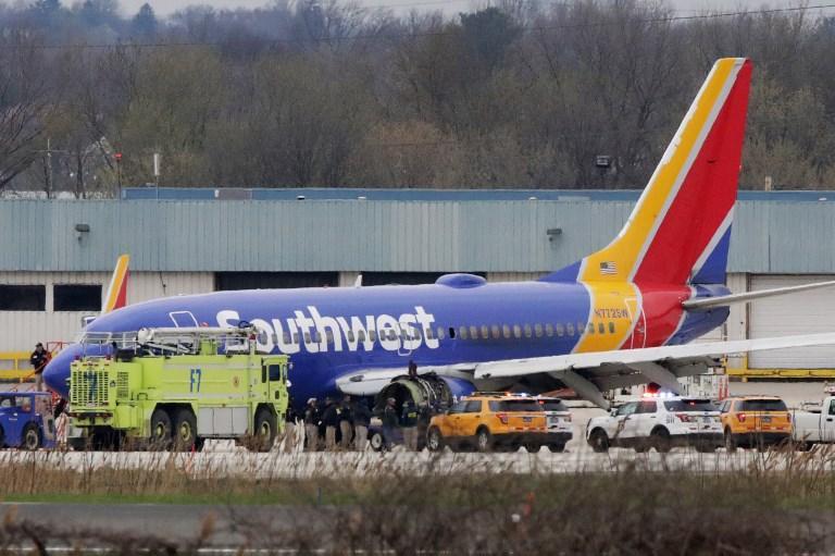 Usa, motore in fiamme su un volo della Southwest: un morto