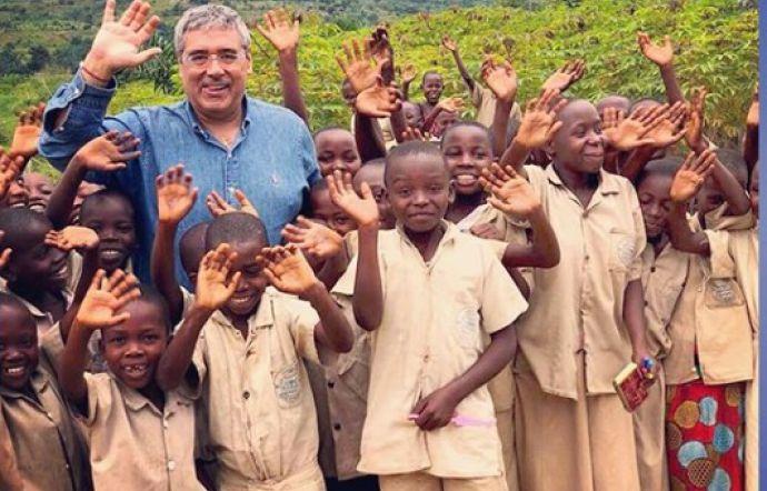 Totò Cuffaro in Burundi: «Così la nostra onlus aiuta i più poveri»