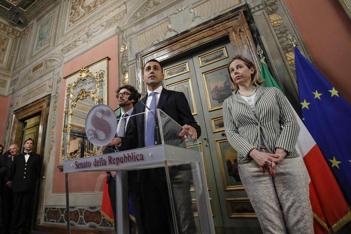 Governo, al via consultazioni. Pressing Di Maio su Salvini: 'Decida entro la settimana'