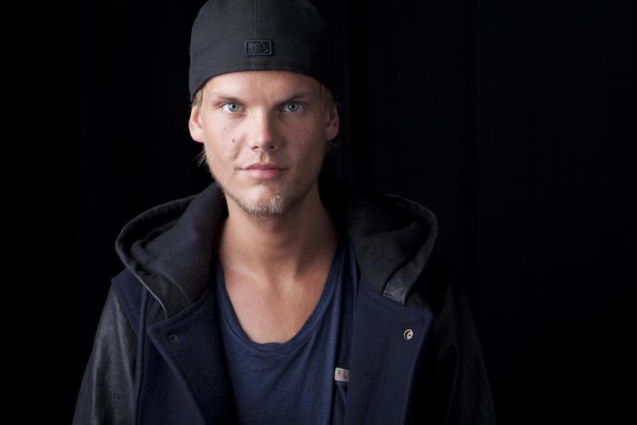 Addio ad Avicii, il dj svedese è morto in Oman a 28 anni