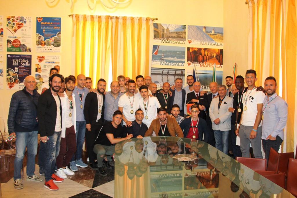 L'amministrazione Di Girolamo ha premiato l'ASD Marsala calcio