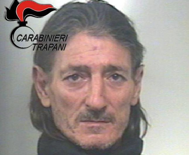Mazara, sottoposto alla detenzione domiciliare è stato trovato fuori dalla sua abitazione. Arrestato