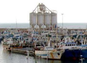Mazara, rimozione e demolizione silos del porto
