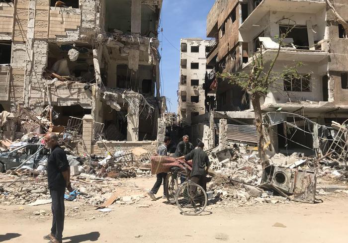 Siria, 'Ispettori entrati a Duma'. Trovata fossa con 300 corpi