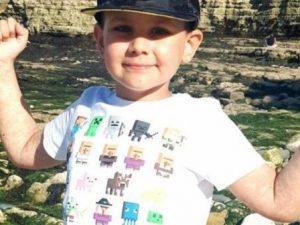 """A 8 anni vince il cancro terminale senza essere sottoposto a nessuna cura. I medici: """"Un miracolo"""""""