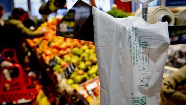 Il Consiglio di Stato ha dato l'ok ai sacchetti biodegradabili portati da casa