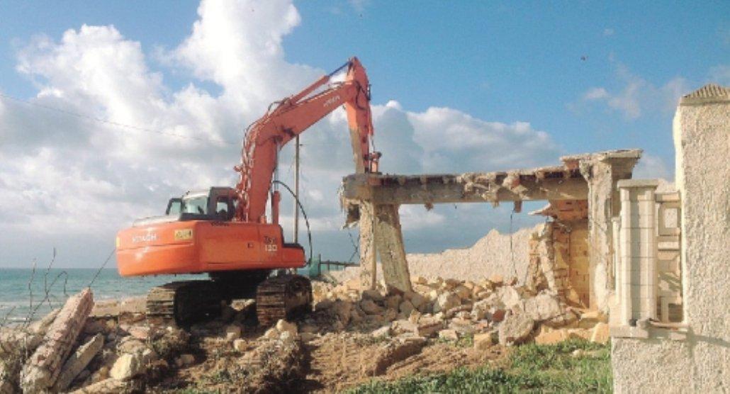 Abusivismo, il Tar rigetta il ricorso di 50 proprietari di case a Triscina