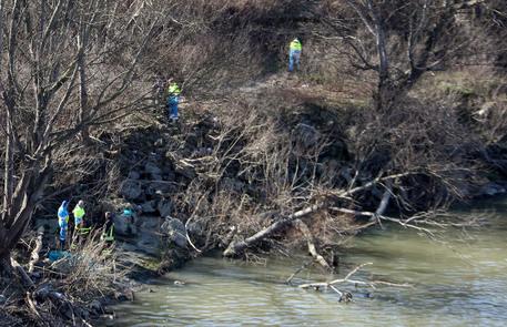 Coppia di anziani trovata morta in un canale d'irrigazione