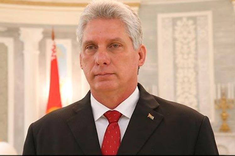 Cuba, finisce l'era Castro. Ecco chi è il nuovo presidente Miguel Diaz-Canel