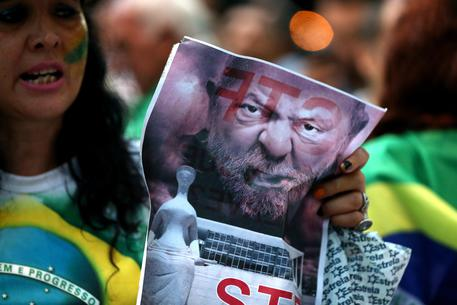 Brasile, Respinta richiesta Lula per evitare carcere