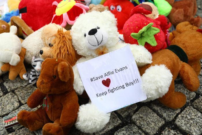 Morto Alfie Evans, sei mesi di battaglia legale