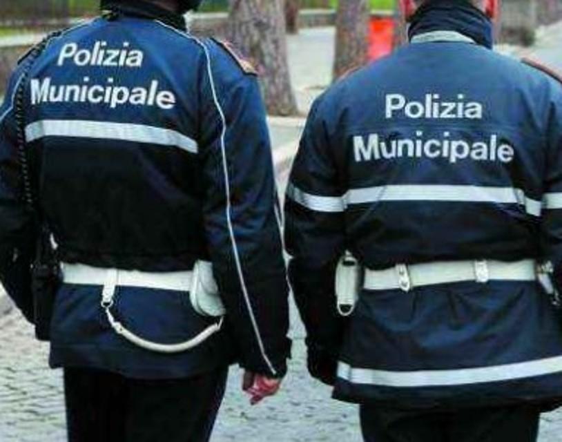 Mazara, torna il pattugliamento pedonale dei vigili urbani nel centro storico e lungomare Mazzini