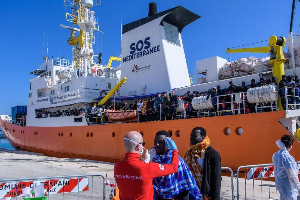 Nuovi sbarchi in Sicilia, arrivati a Trapani 537 migranti dalla Libia