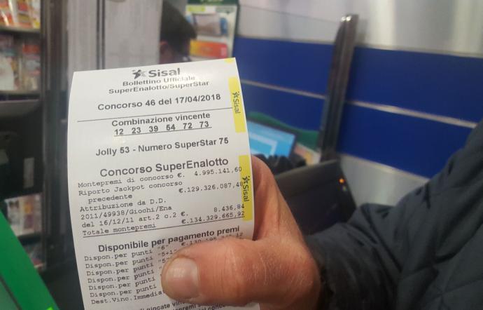 Caltanissetta, il sindaco al vincitore del Superenalotto: «Investa parte dei soldi per la città»