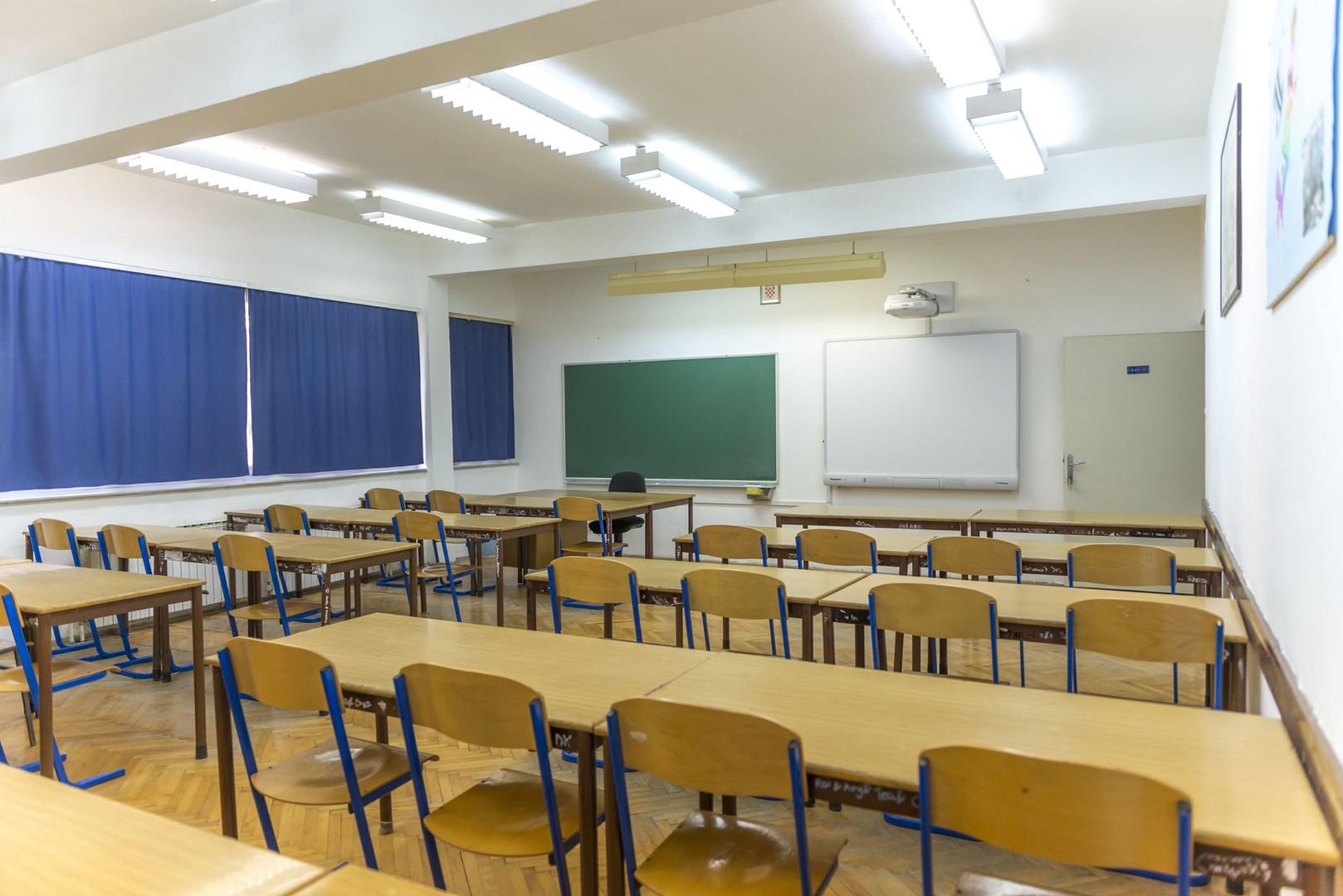 Sicilia, 7 scuole su 10 sono inagibili. La Regione lancia un piano da 272 milioni per gli interventi antisismici
