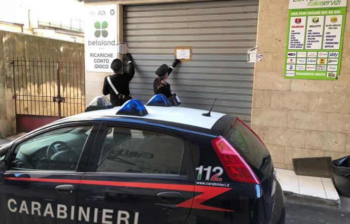 Palermo, centri scommesse abusivi, i carabinieri ne sequestrano quattro