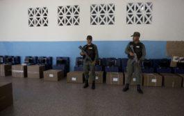 Venezuela al voto per scegliere il presidente, Maduro verso la rielezione