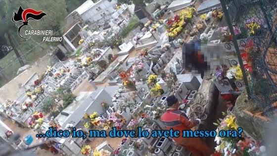 Monreale, tombe violate e rivendute: cinque arresti