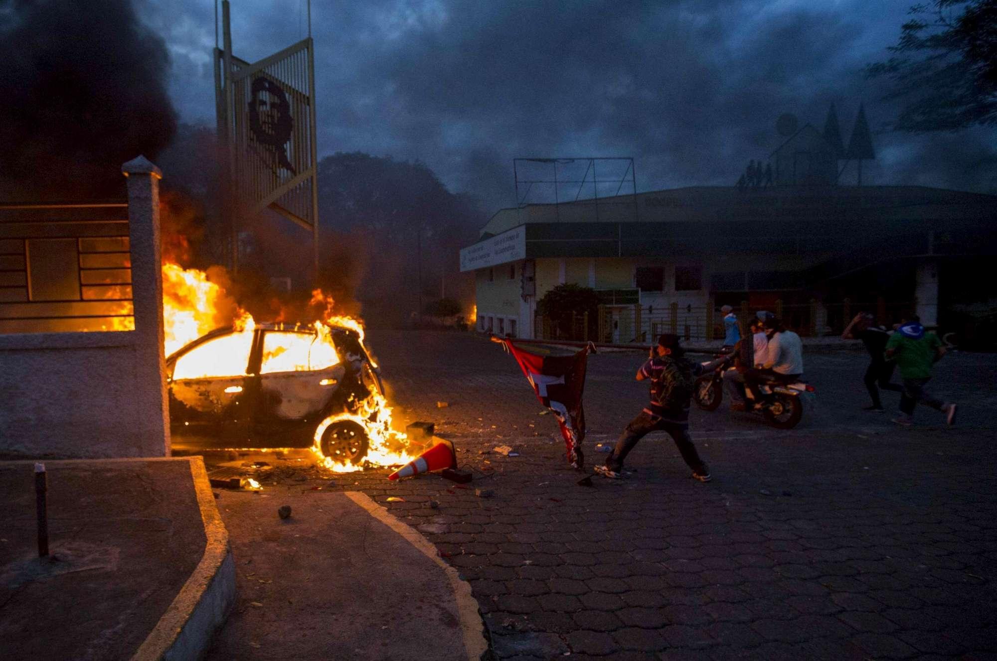 Nicaragua, marcia contro il presidente Ortega finisce nel sangue: almeno tre morti