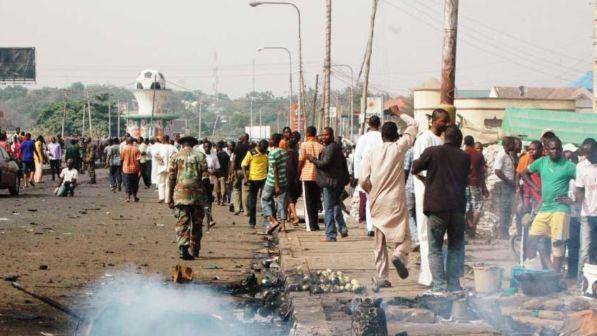 Nigeria, attacco con esplosivo in una moschea: morti 24 fedeli