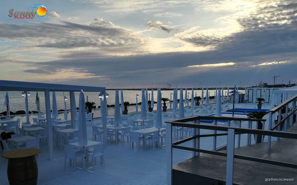 "Mazara, ""Sunny Lounge Bar"" apre il Solarium"