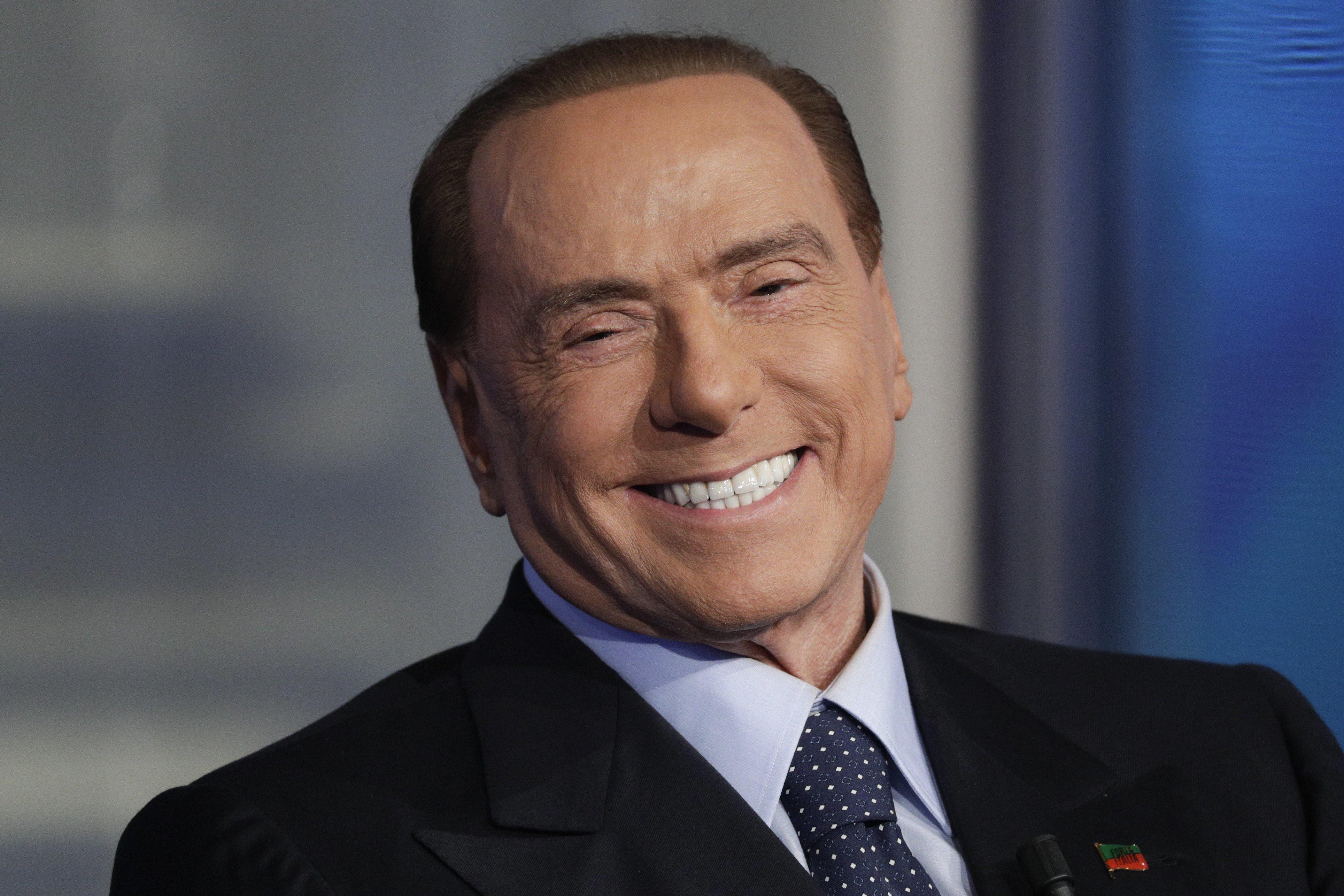 Una bufala i tre milioni di euro in eredità a Berlusconi: ecco tutti gli indizi che portano alla fake news