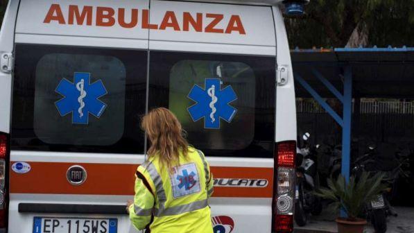 Cade dal balcone per inseguire la palla, bimbo muore nel Milanese
