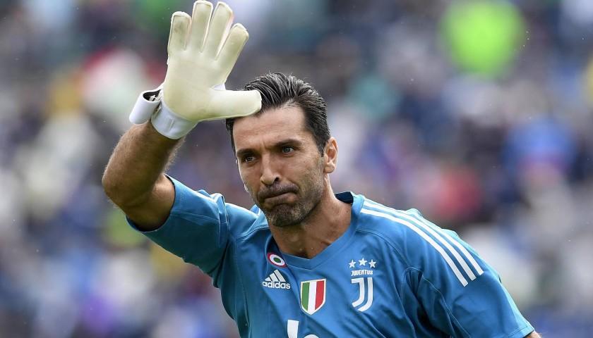 Buffon in lacrime: 'Sabato mia ultima partita con la Juve'