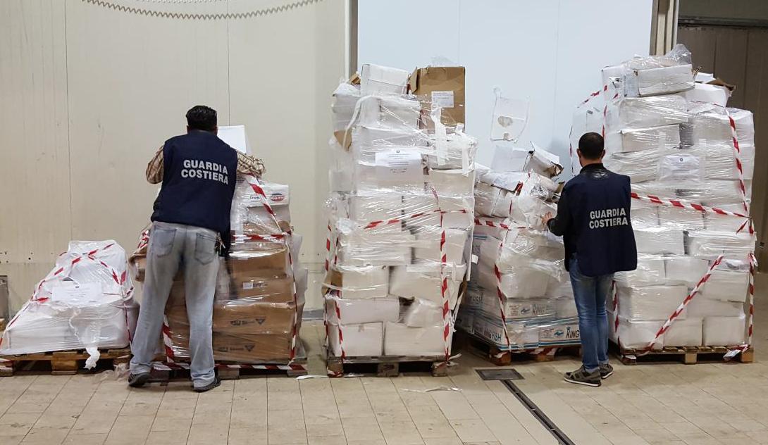 Mazara, sequestrate oltre quattro tonnellate di prodotti ittici scaduti