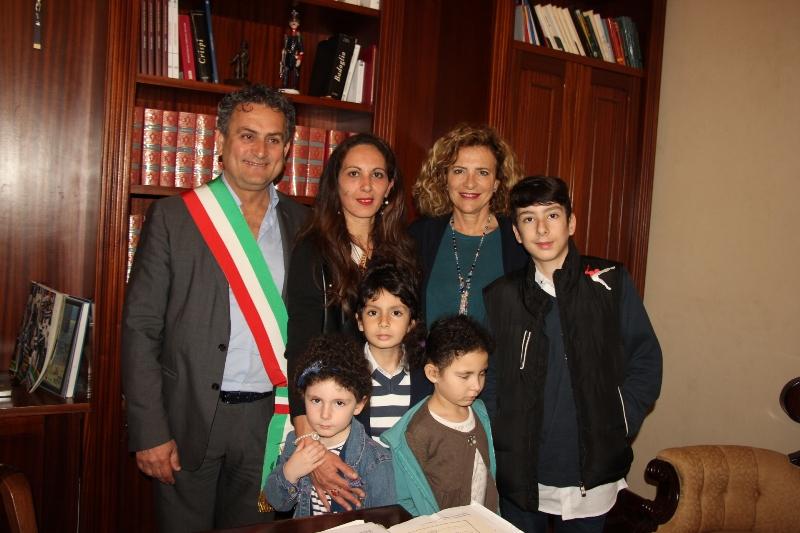 Marsala, cittadinanza italiana dopo 43 anni per una signora di origini tunisine nativa di Mazara