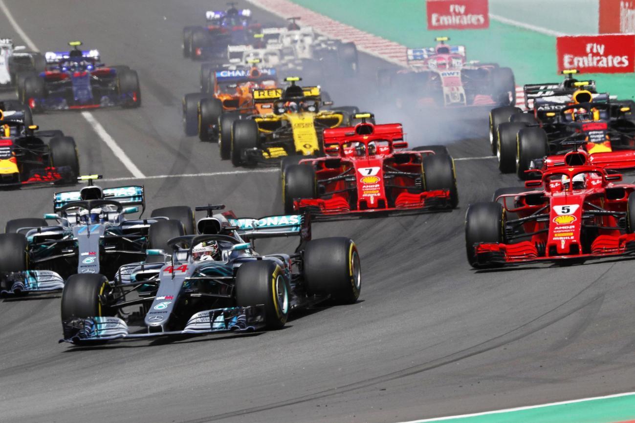 F1 Spagna: vince Hamilton, dominio Mercedes