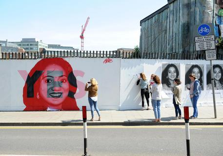 Aborto libero, trionfo dei 'sì' in Irlanda