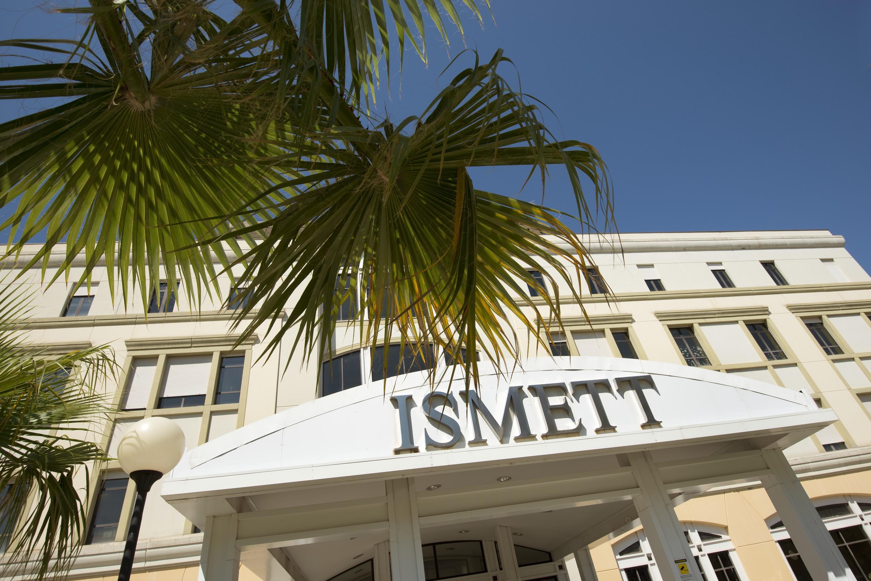 Palermo, gli asportano un polmone sano per errore: a giudizio due dottoresse dell'Ismett