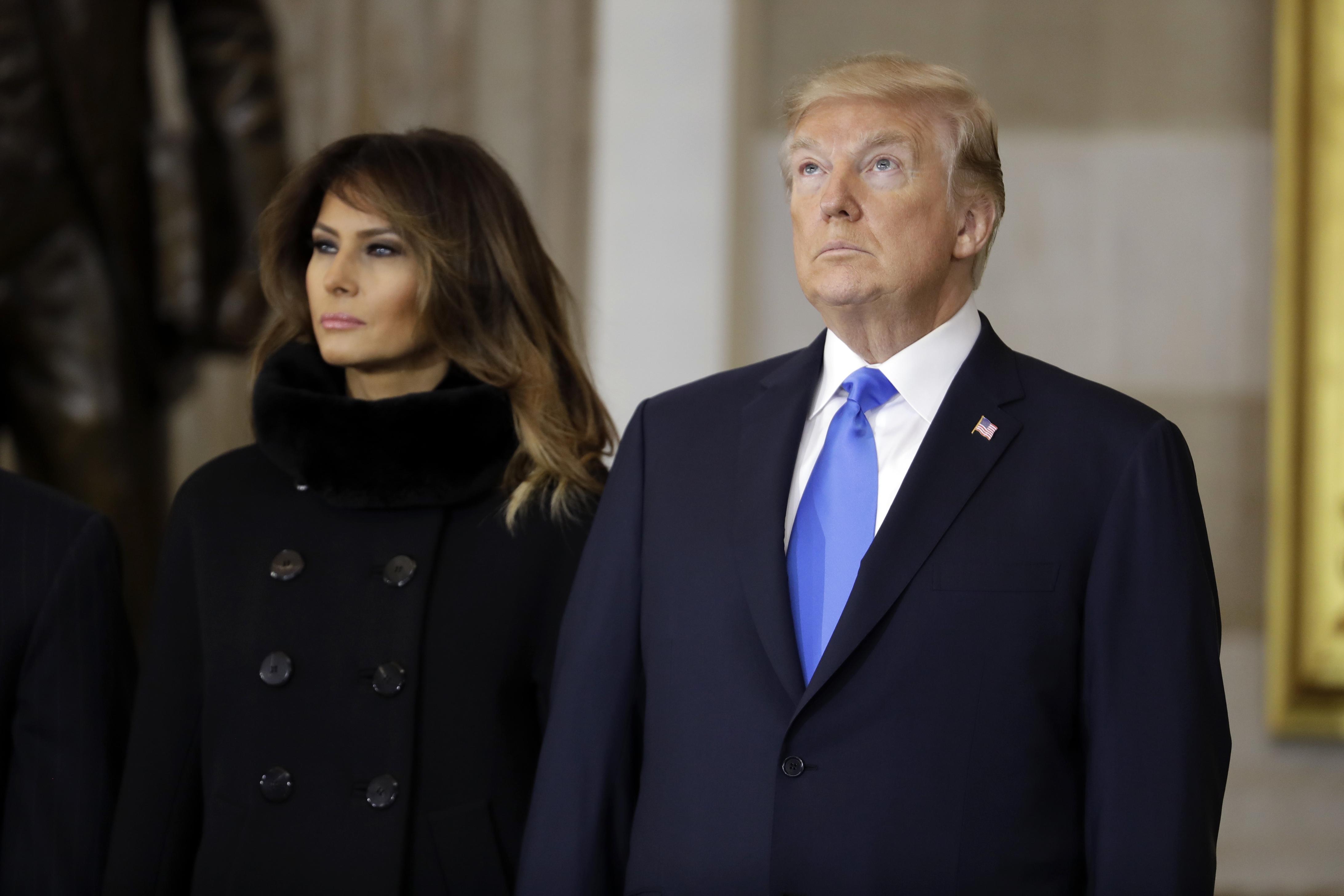 Trump e la moglie Melania separati in Casa Bianca: le rivelazioni del Washington Post