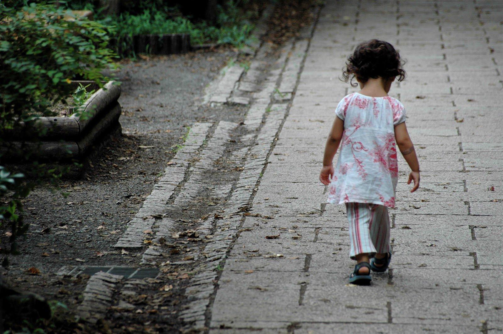 Save The Children: in Italia un minore su 10 in povertà.