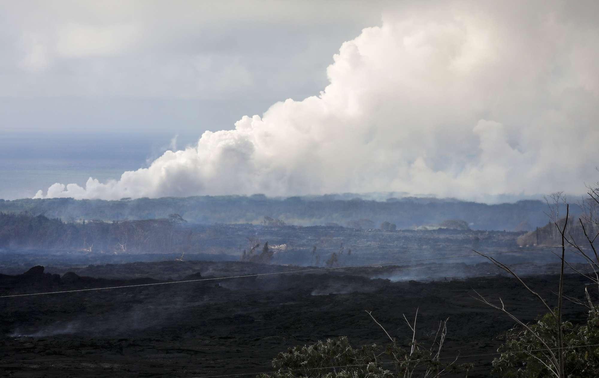 Hawaii, l'eruzione del vulcano Kilawuea sprigiona una nube tossica