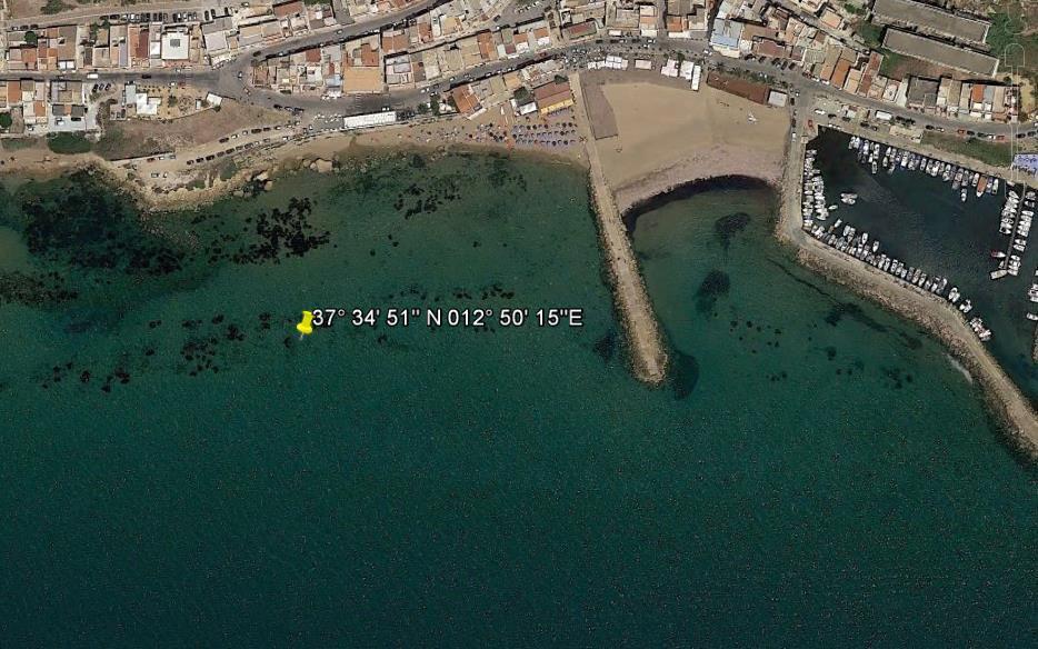 Ordigno bellico a Marinella di Selinunte, divieto di balneazione