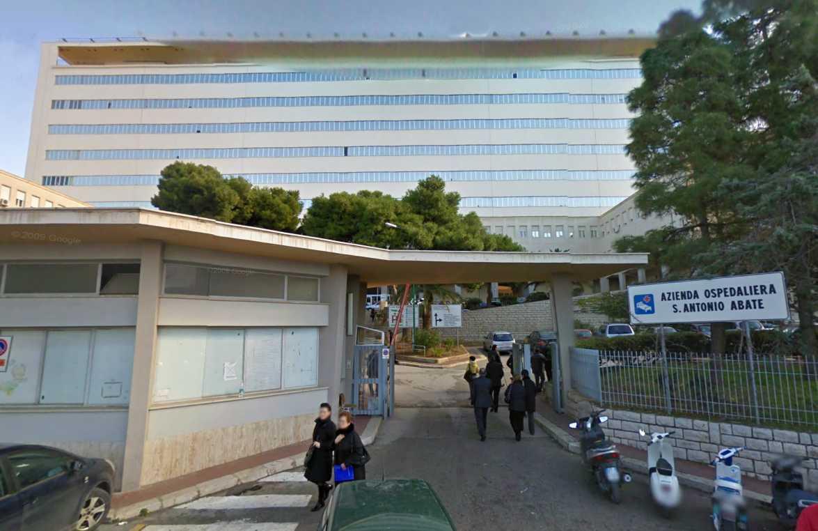 Incidente a Trapani, violento scontro fra due auto nella notte: grave un 29enne