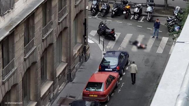 Parigi, accoltella passanti in pieno centro: un morto e 7 feriti. Media: aggressore urlava