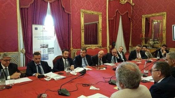 Sicilia, come cambia la pesca: flotta in diminuzione, i giovani investono sul turismo del mare