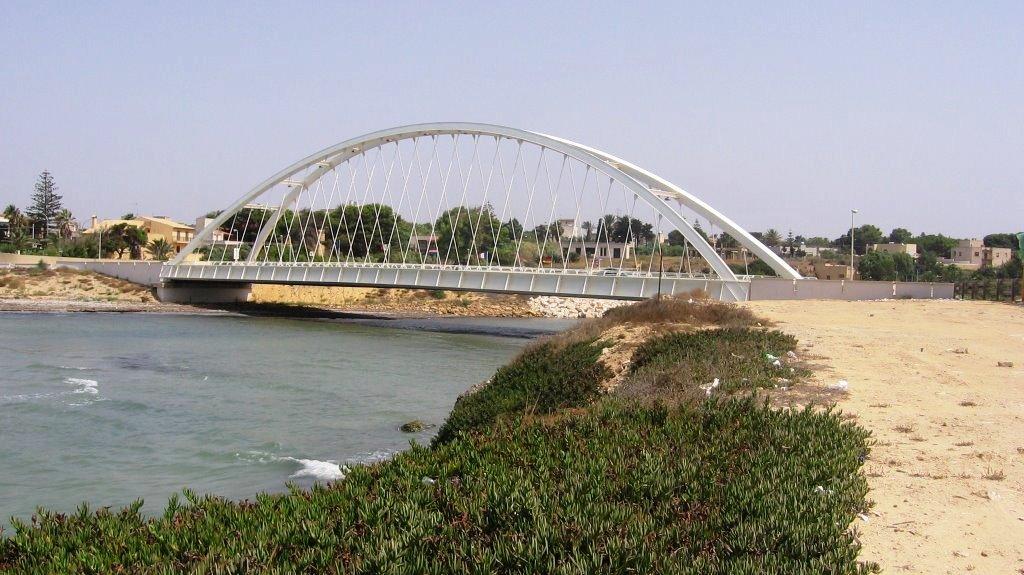 Mazara, chiesta la manutenzione del ponte sul fiume Delia Arena