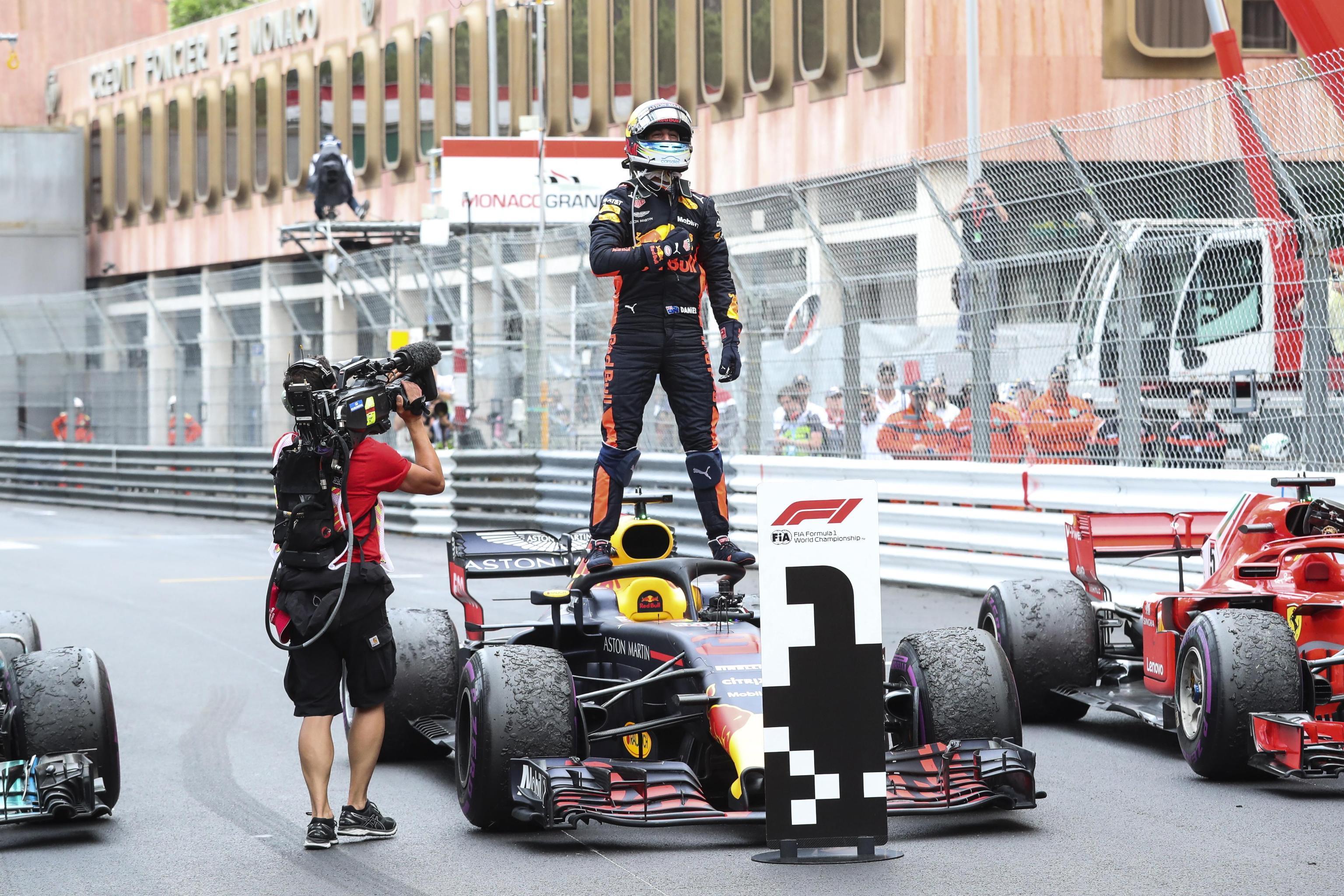 F1, Ricciardo batte tutto e tutti a Monaco